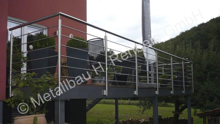 metallbau-rehbein-balkongeländer-edelstahl-5