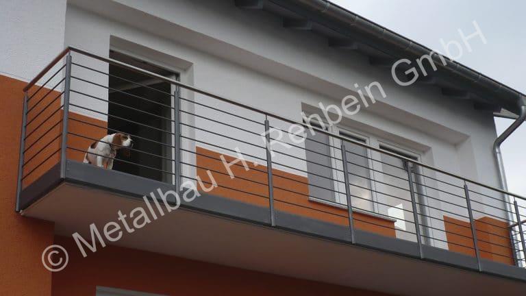 metallbau-rehbein-balkongeländer-mit-stahlfüllung-7