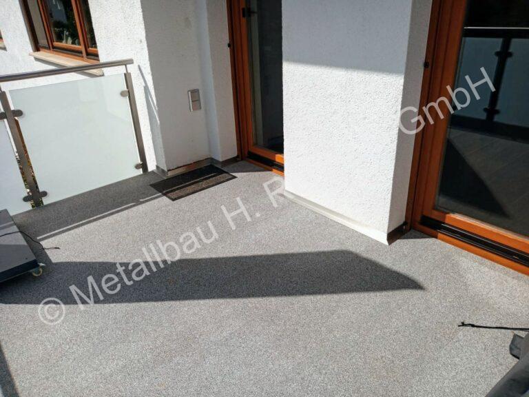 metallbau-rehbein-balkonanlagen-bodenbelag-26