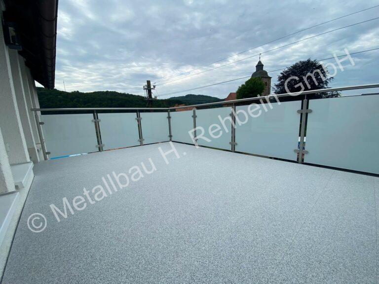 metallbau-rehbein-balkonanlagen-bodenbelag-28
